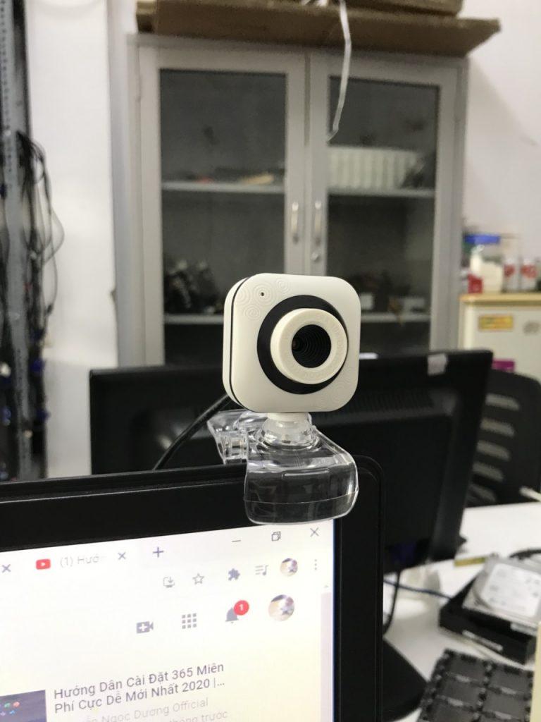 webcam-trắng